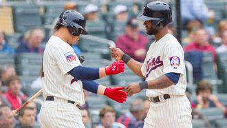 Twins slip past Diamondbacks with rainy 2-1 win