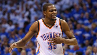 Why Kevin Durant potentially going to the Warriors could backfire on him